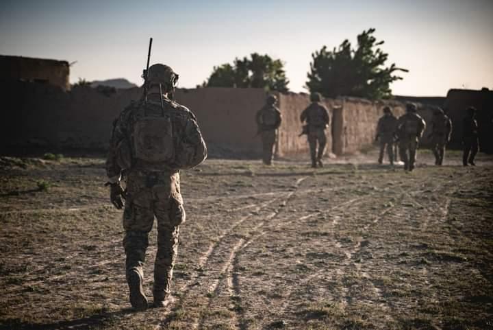 کورډ اکشن مجله: امریکا افغان جګړه جنګي قراردادیانو ته سپاري