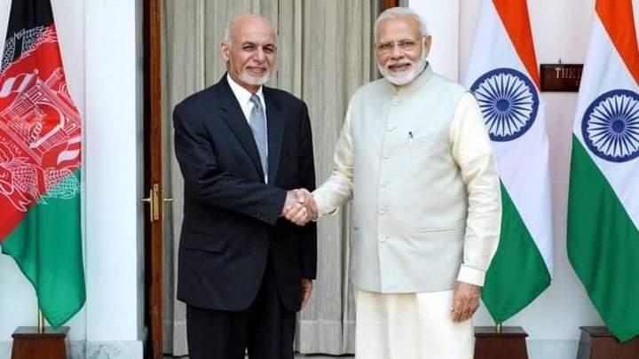 پاکستان یې ورانولو ته په دوه پښو ناست دی؛ خو هند یې د جوړولو تابیا نیسي.
