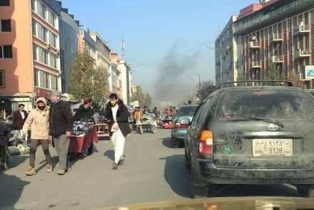 کابل ښار کې راکټي بریدونو دیارلس تنو ته مرګ ژوبله اړولې