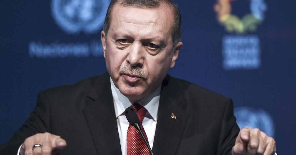 ترکیې ته کډوالو احتمالي څپه؛ اردوغان: ترکیه د افغان کډوالو له یوې بلې څپې سره نهشي مخامخ کېدای